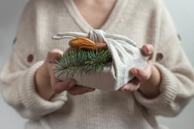 5 Green Gift Wrapping Ideas